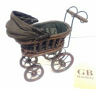 Victorian Style Baby Stroller Buggy Carriage Wicker Wood Home Decor baby gift