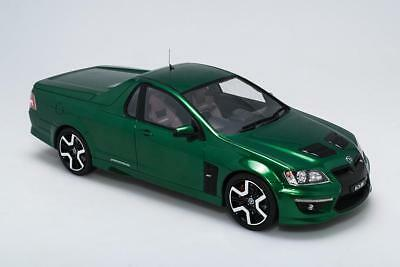 1:18 Scale Biante Hsv 20 Years Of Maloo R8 Limited Edition Poison Ivy Br18401B