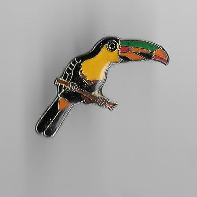 Vintage Colorful Toucan on a Perch old enamel pin