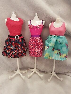 New Barbie doll outfits/ clothes/ dress and shoesx3   (lot 18)