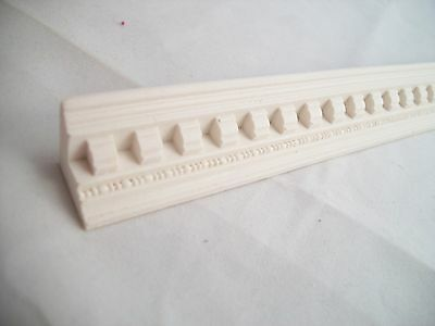 """Molding /""""carved plaster/"""" UMM28 dollhouse polyresin 1pc miniature 1//12 scale"""
