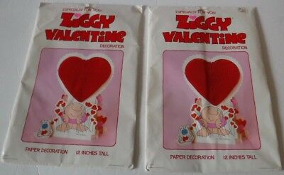 Vtg 1979 Ziggy Valentine Honeycomb Decoration American Greetings Set of 2