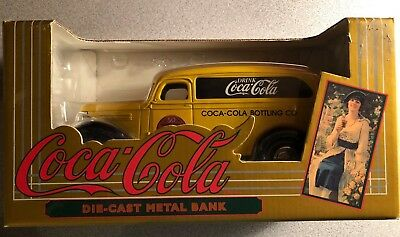 Vintage 1995 ERTL Coca Cola Brand Diecast Metal Bank with box