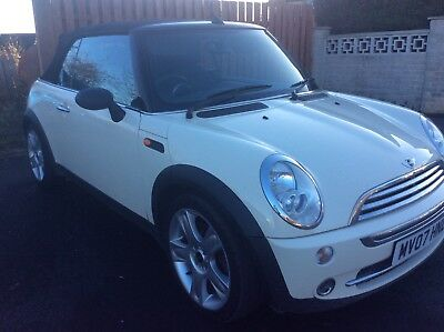 Mini one convertible pepper white 07 plate great condition lovely car