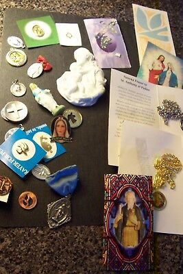 Vintage & Costume Lot Of 101 Pc Religious Items Pin Necklace Cross Unsearched