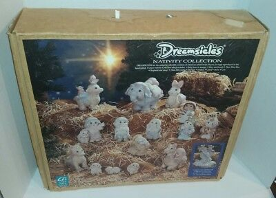 Dreamsicles Nativity 15 Piece Set 1995 with box Complete Christmas Religious