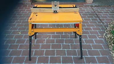triton series 2000 router and jigsaw bench