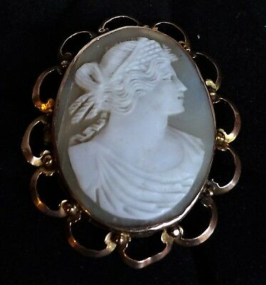 Antique Victorian 9ct Gold Cameo (shell) Brooch