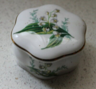 Hammersley (Royal Worcester Spode) Covered Box.