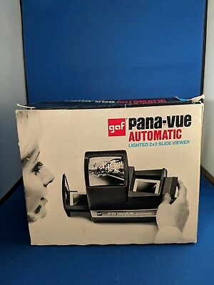 GAF Pana-Vue Automatic Lighted 2x2 Slide Viewer - vintage