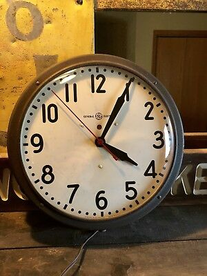 Vintage Geneal Electrice Wall Clock Retro Vintage Schoolhouse Curved Glass