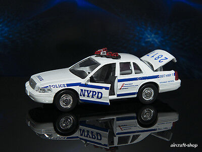 New York NYPD Police  Ford Crown Victoria 1:43