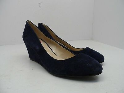 24b2faeb608a Nine West Women s Ispy Suede Wedge Pump Navy  Mismate  Left 6.5M   Right