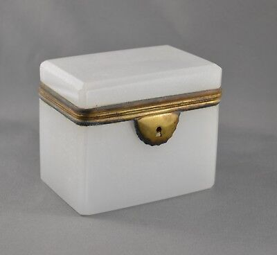 ANTIQUE FRENCH OPALINE GLASS 19th CENTURY HINGED CASKET JEWELRY DRESSER BOX - NR
