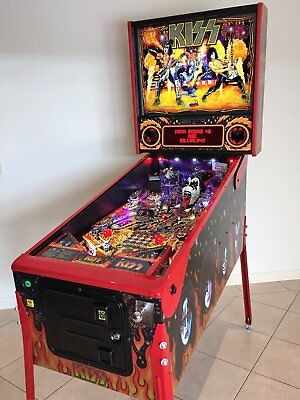 *STERN KISS Limited Edition Pinball with Brand New Stern KISS interactive TOPPER