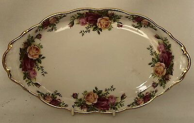 VINTAGE ROYAL ALBERT OLD COUNTRY ROSES  ENGLAND SANDWICH PLATE Pretty!