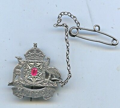 Ww2 Silver Mother's Badge Australian Coat Of Arms With Ruby Safety Chain A70