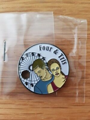PATHTAG Love in Action Four & Tris Divergent Movie couples Retired #32820