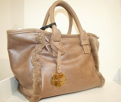 Borsa donna dimensione media colore neutro beige a mano