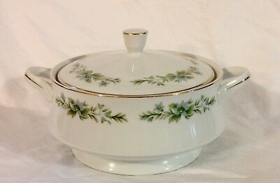 Creative Manor Fine China Japan Garlands Of Glory Cover Casserole Vegetable Bowl