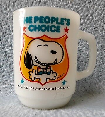 """1980 Anchor Hocking Snoopy Collectors Series #4 Coffee Mug """"The Peoples Choice"""""""
