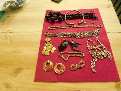 MIXED  LOT OF JEWELLERY  No 5