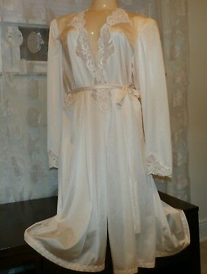 Vintage Olga Lacy Nylon Dressing Gown / Robe--Size-Xl--Bust To 42""