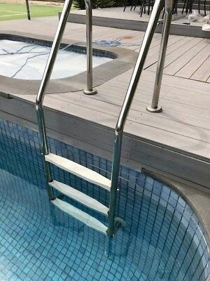 Stainless Steel 3 step swiming pool ladder. Aust made