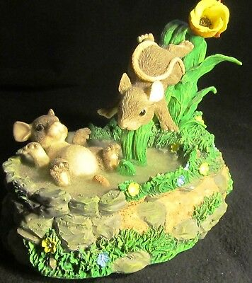 Beautiful Charming Tails Mice On A Water Slide Music Box 'a Whole New World'