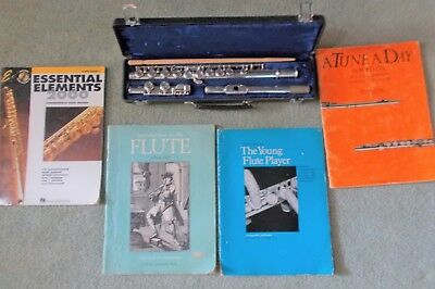 Buffet Crampton Flute with 4 Lesson Books