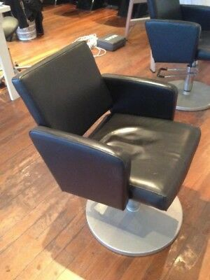 2 hairdressing chairs for urgent sale this weekend no tears