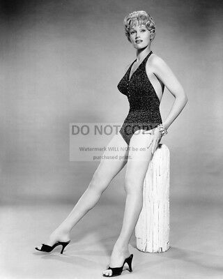 Actress Karen Steele Pin Up - 8X10 Publicity Photo (Ab-615)