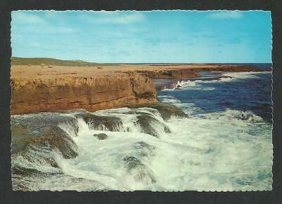 WA - c1970s POSTCARD -  RUGGED COASTLINE NORTH OF CARNARVON, WESTERN AUSTRALIA