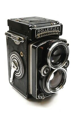Rolleiflex 2.8 E Xenotar Metered. Complete and working / poor condition no rsve