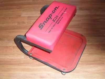 Snap-On Creeper Cushion Seat Rolling Stool Jc24 Used