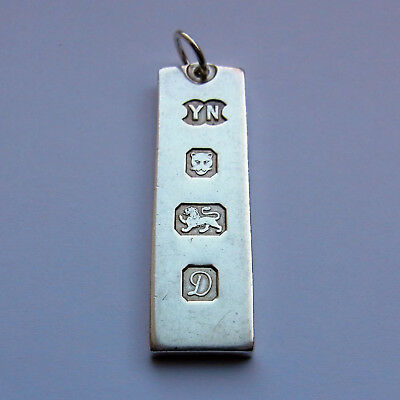 Sterling Silver Ingot Pendant - 15.6 grams - London 1978 - 42mm x 12mm x 2mm