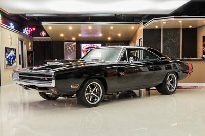 1970 Dodge Charger R/T Rotisserie Built, R/T! Ray Barton 513ci V8 (625hp) Automatic w/ OD, Wilwood, A/C
