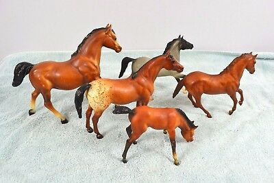 Lot of Five Vintage Breyer Horses Collectibles