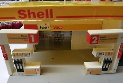shell toy car garage/ service station with shop pumps and service ramp vintage