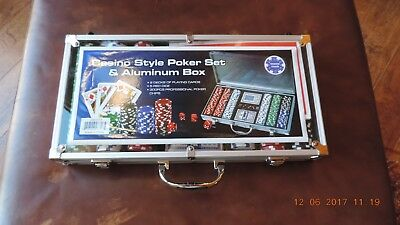 Casino Style Poker Set & Aluminum Box