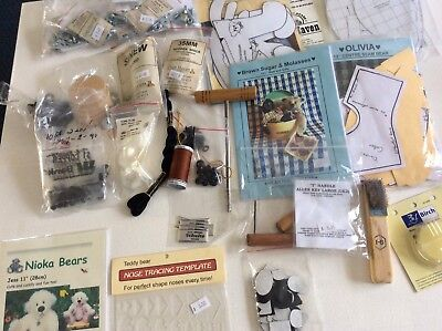 Bear Making Pack Of Mixed Items