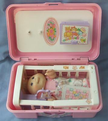 Cabbage Patch Kids Nursery Playset Carry Case Love N Go Play set from Mattel