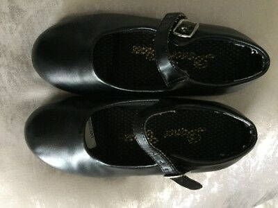 girls size 10 black tap shoes
