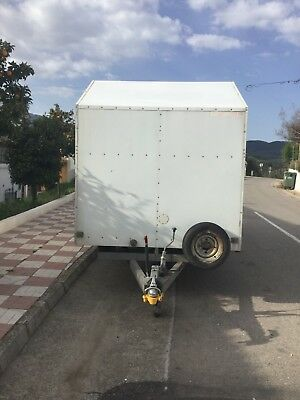 used twin axle box trailers