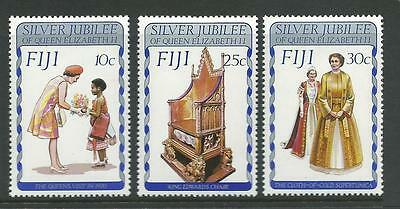 1977 Silver Jubilee  set 3 SG 536 - 538  Complete MUH/MNH as Issued