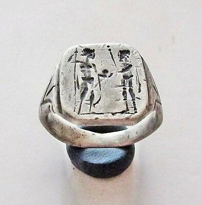 "Ancient Silver Roman Legionary Ring "" Two warriors ""11gr."