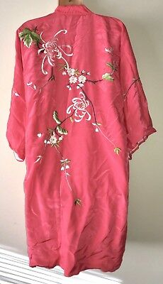 Vintage Best Quality Japan Pink Embroidered Silk Robe Kimono M