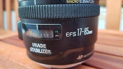 CANON EF-S 17-85mm f/4-5.6 IS USM Objektiv