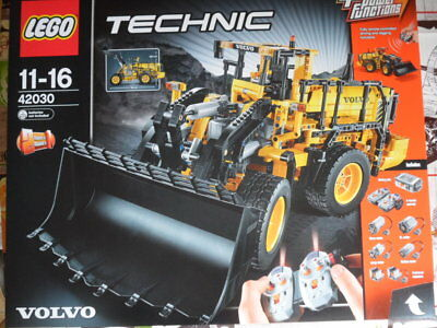 lego technic volvo l350f radlader 42030 neu in. Black Bedroom Furniture Sets. Home Design Ideas