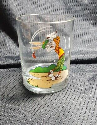 Bugs Bunny playing golf big drinking glass clear 1993 Warner Bros